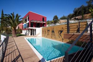 te koop villa - achterkant - zwembad