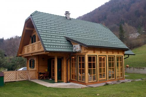 Real estate Slovenia - wooden cottage