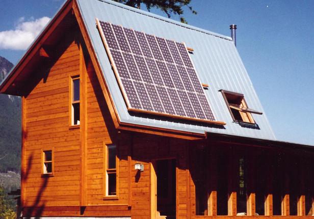 Solar cabin / offgrid
