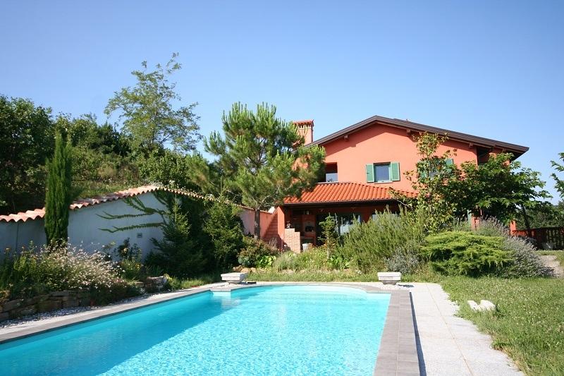 For sale: villa/swimming pool - real estate Slovenia - www.slovenievastgoed.nl