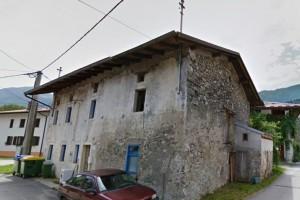 te koop dorpswoning Idrsko - Real Estate Slovenia - www.slovenievastgoed.nl