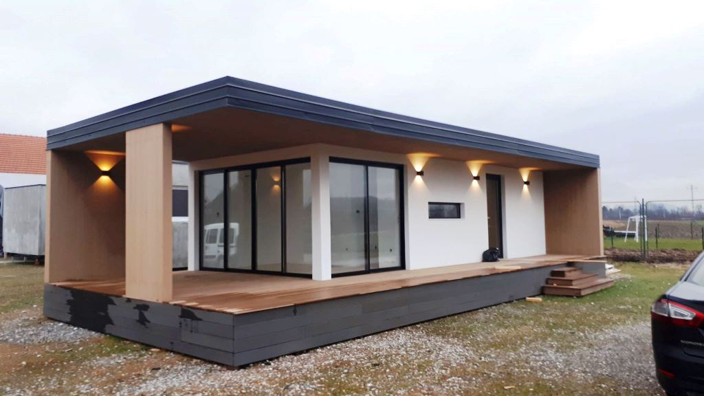 te koop luxe mobiel huis mobile home real estate slovenia