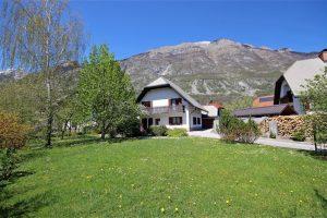 family home with spacious garden - FOR SALE - Real Estate Slovenia
