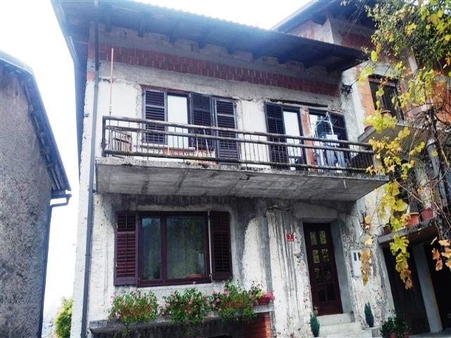 Te koop woning centrum kobarid real estate slovenia for Huis te koop van eigen huis en tuin