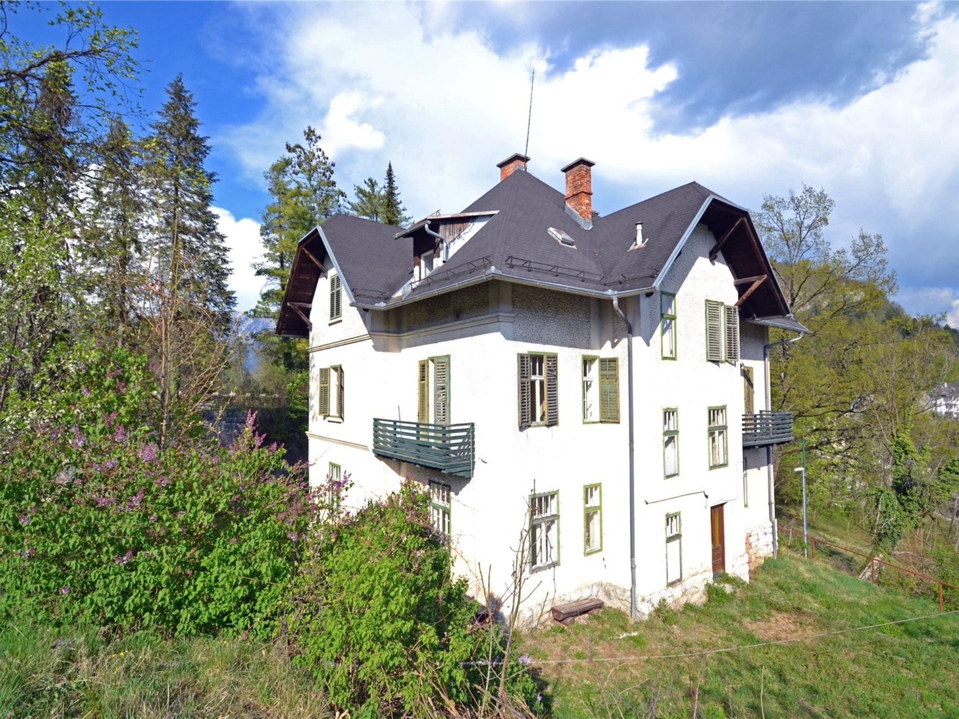 Te koop Villa Tamara meer van Bled - www.slovenievastgoed.nl