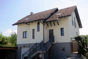Modern split level house for sale Smatevz - REAL ESTATE SLOVENIA - www.slovenievastgoed.nl
