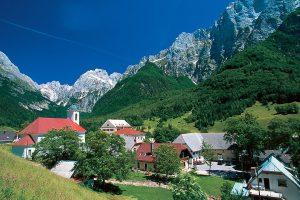 woning te koop Log Pod Mangrtom - www.slovenievastgoed.nl - Real Estate Slovenia