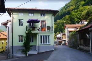 Podmelec Huis te koop - Real Estate Slovenia - www.slovenievastgoed.nl