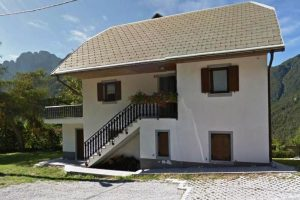 Strmec na Predil - te koop vrijstaande woning met tuin - Real Estate Slovenia - www.slovenievastgoed.nl