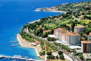 For sale 2.5 room apartment Lucija - Portoroz - Real Estate Slovenia - www.slovenievastgoed.nl