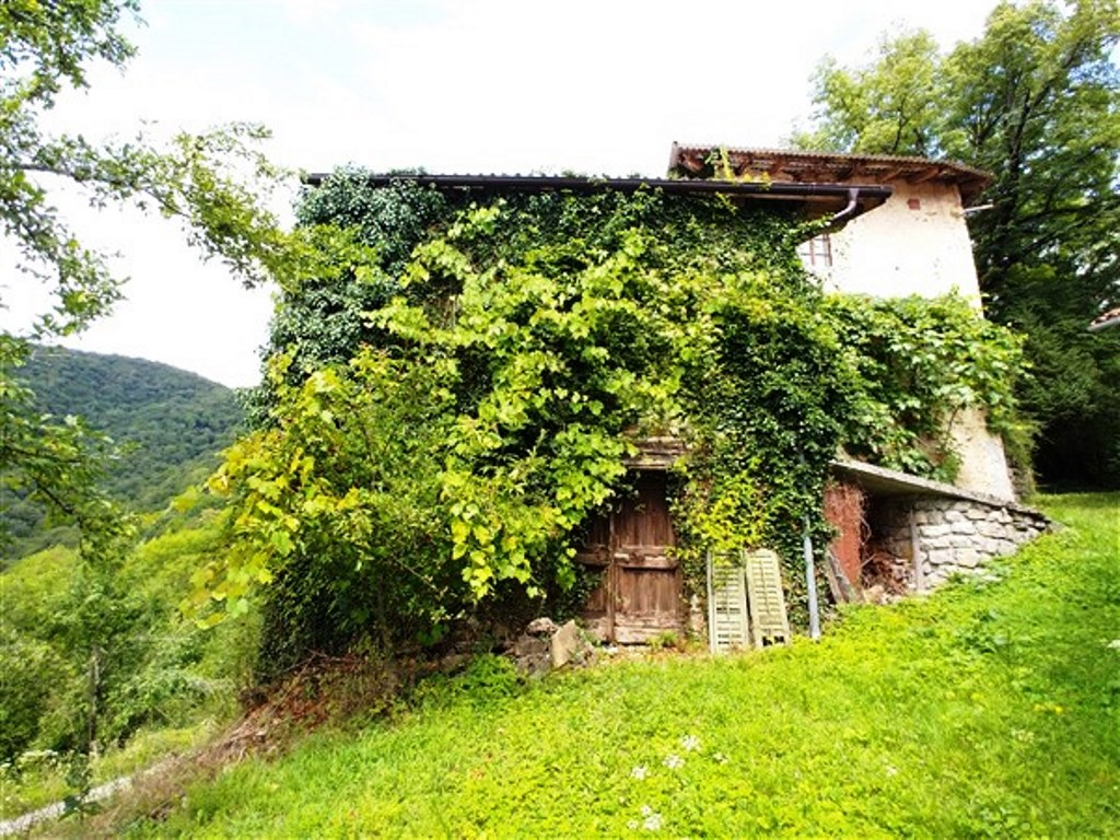 Woning te koop Potravno Slovenië - Real Estate Slovenia - www.slovenievastgoed.nl