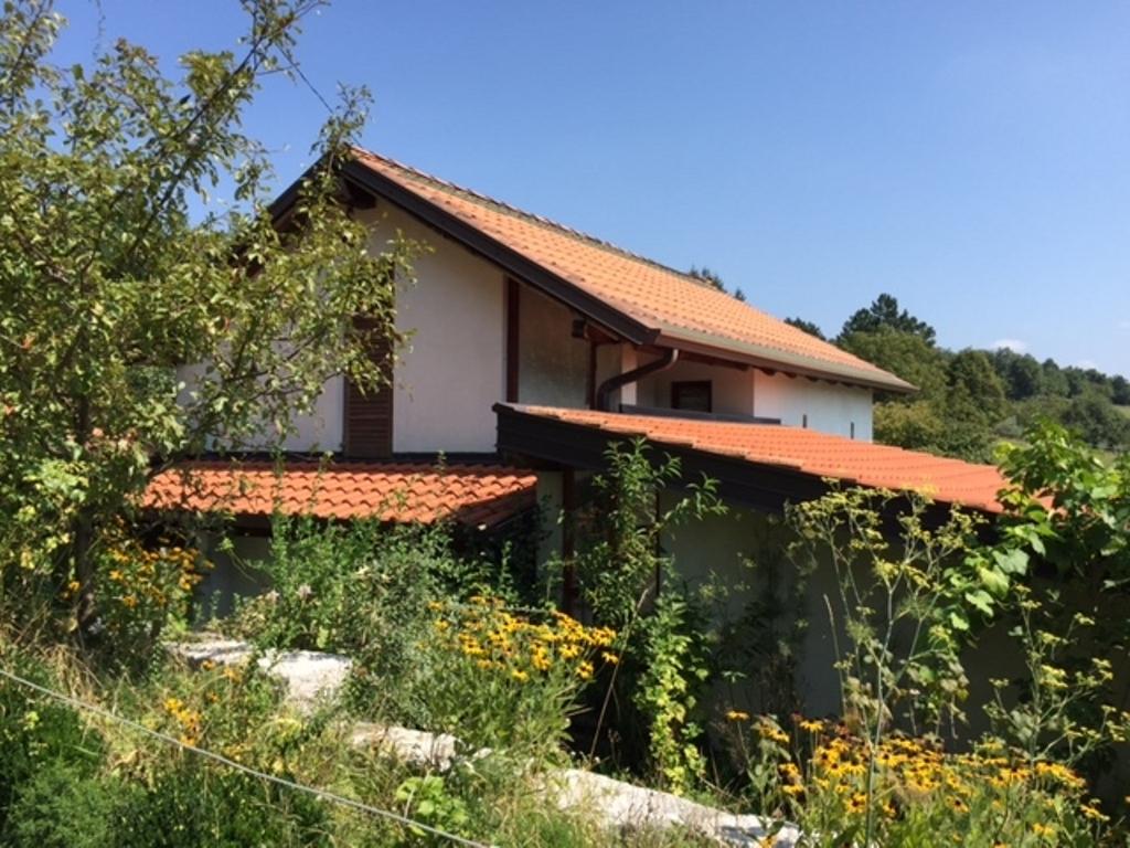 For sale home with garden Grgarske Ravne - Real Estate Slovenia - www.slovenievastgoed.nl
