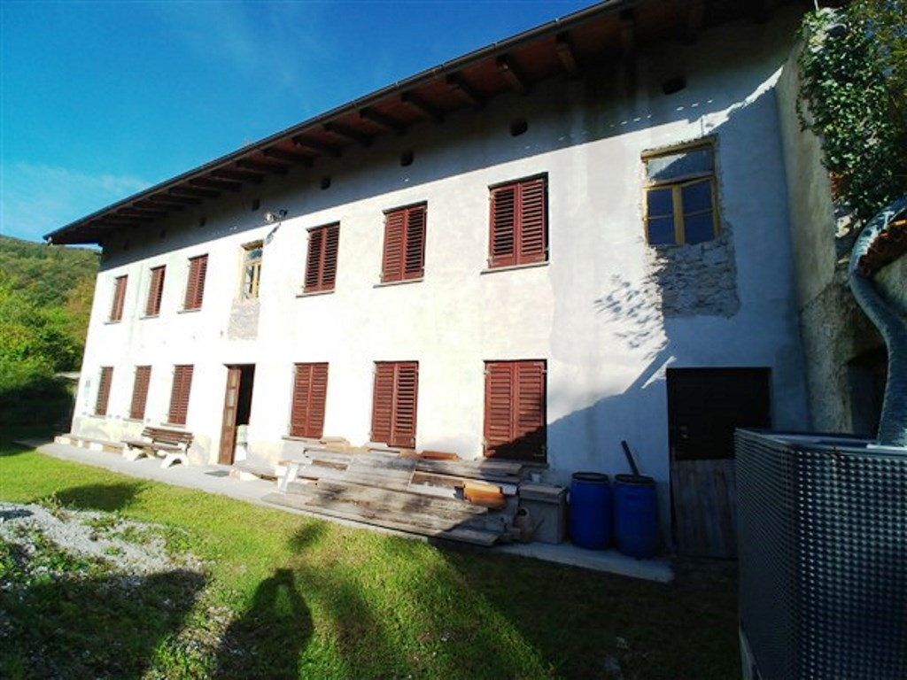 Detached home for sale Vrtace - Real Estate Slovenia - www.slovenievastgoed.nl