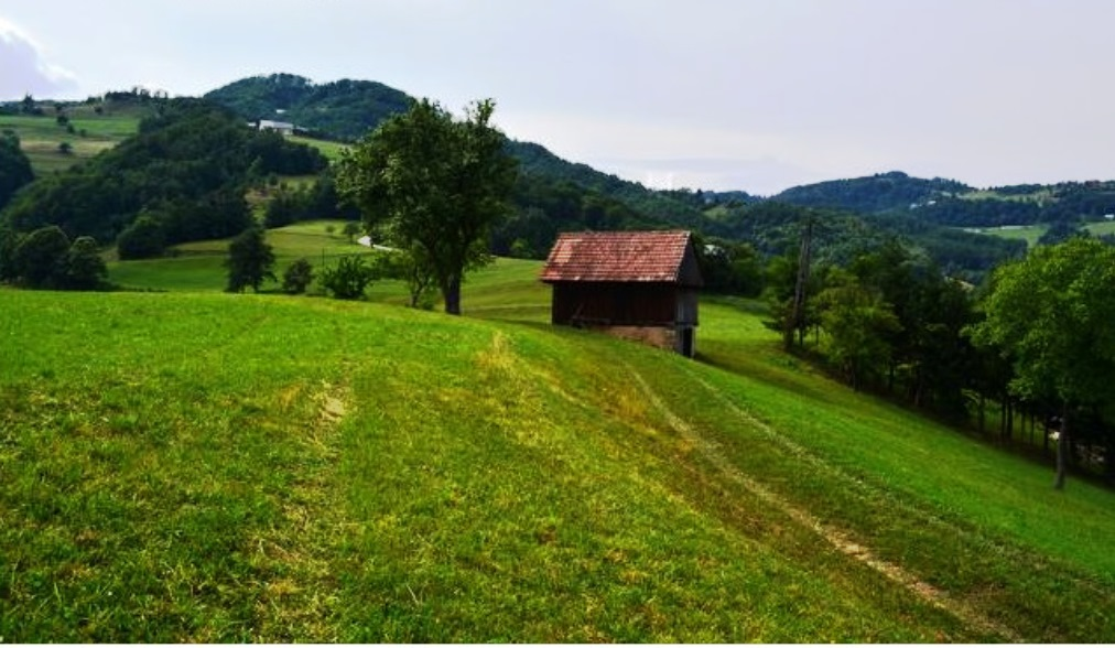 Te koop landgoed boerderij Mrcna Sela - Real Estate Slovenia - www.slovenievastgoed.nl