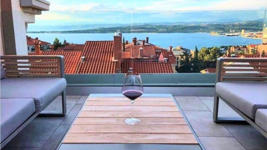 Te koop Penthouse 3,5 Kamer appartement Koper - Real Estate Slovenia