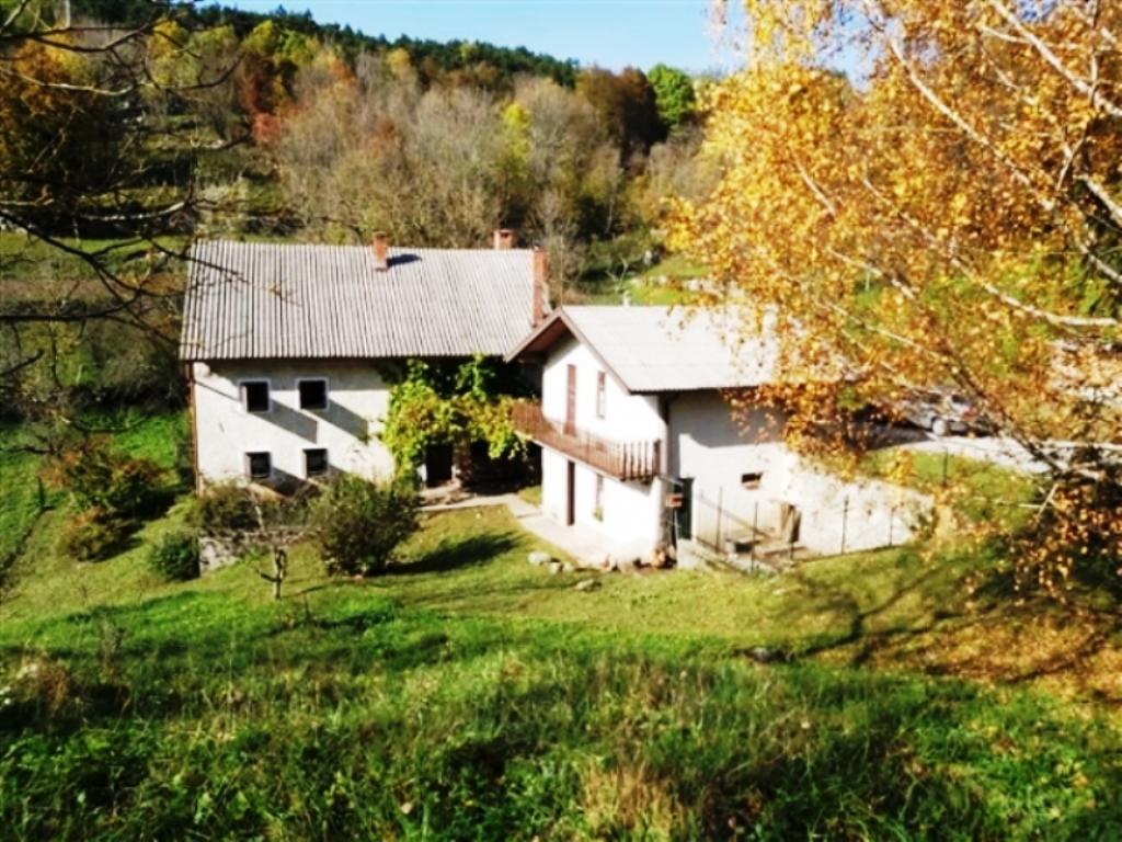For sale farmhouse Kal nad Kanalom - Real Estate Slovenia - www.slovenievastgoed.nl
