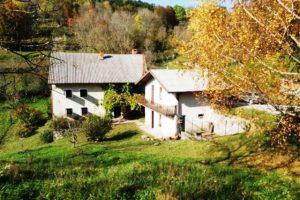 Te koop Kal nad Kanalom vrijstaande boerderij - Real Estate Slovenia - www.slovenievastgoed.nl