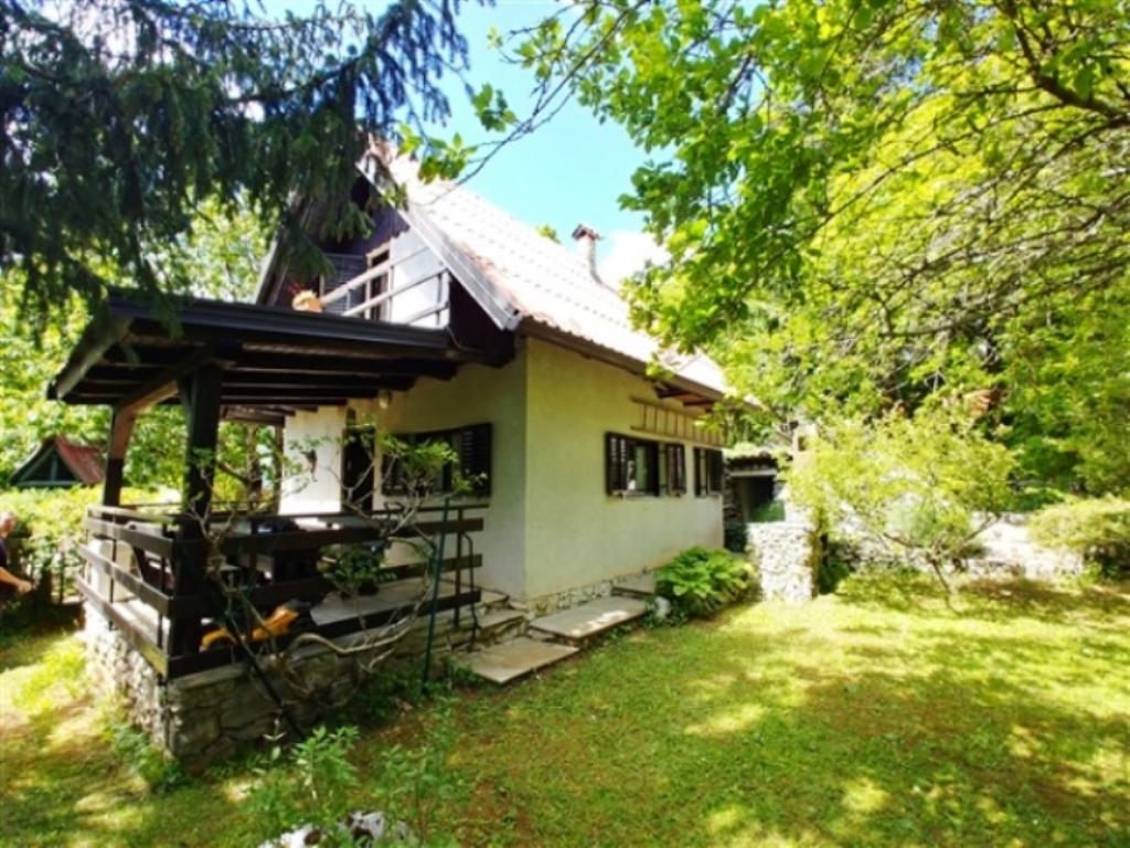 Weekend house for sale Trnovo - Real Estate Slovenia - www.slovenievastgoed.nl