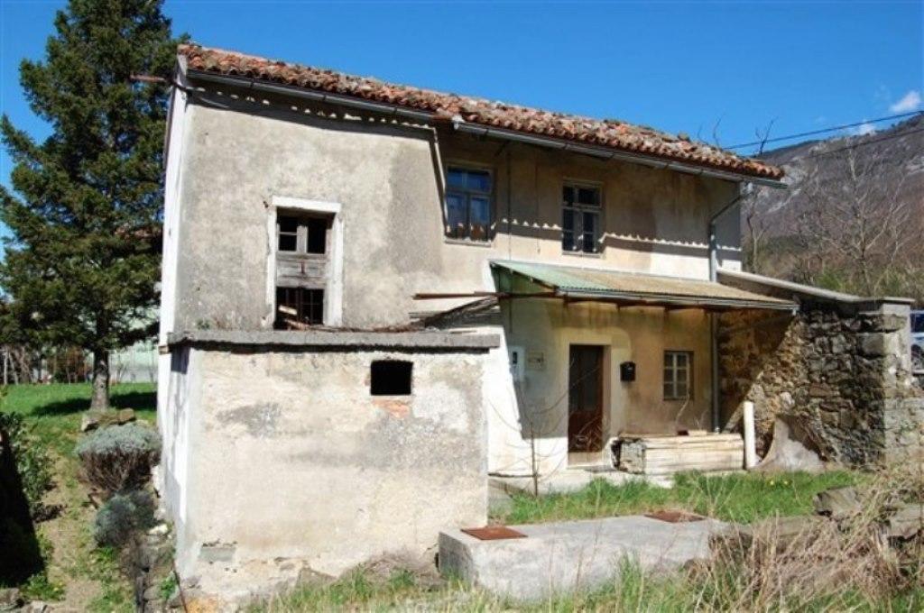 Te koop Vrijstaande eengezinswoning Lozice Real Estate Slovenia - www.slovenievastgoed.nl