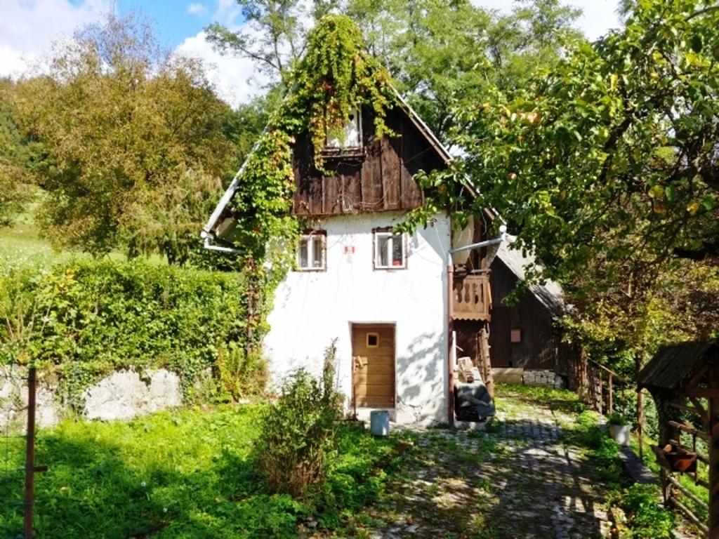 Te koop Woning Zakriz Slovenievastgoed - Real Estate Slovenia