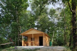 Log cabin 15 ha land Doblar